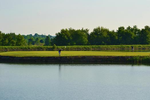 golf_water_sm